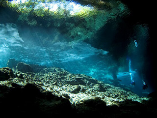Cenote Diving Cancun